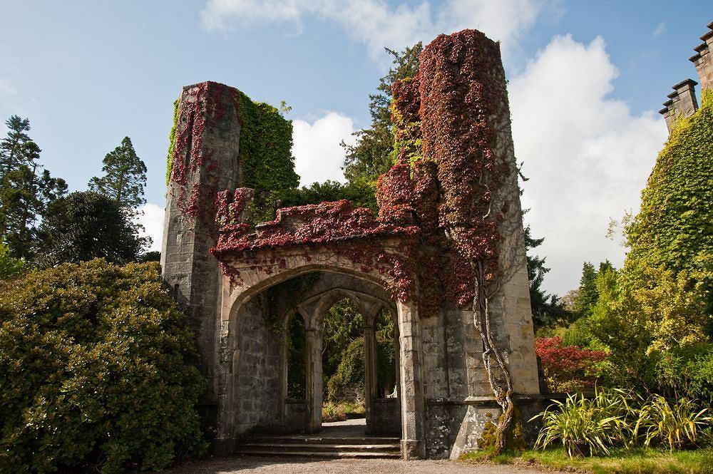 Wyspa Skye, Zamek klanu MacDonaldów