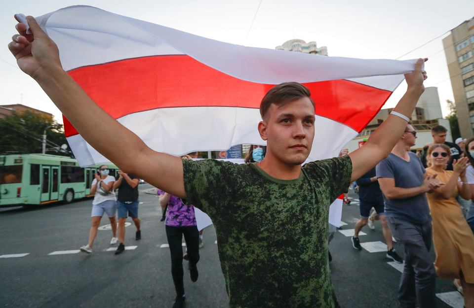 Przedstawiciele białoruskiej opozycji podkreślają, że poparcie Aleksandra Łukaszenki oscyluje na poziomie 3%. Czy to nie odrobinę naiwne prognozy?