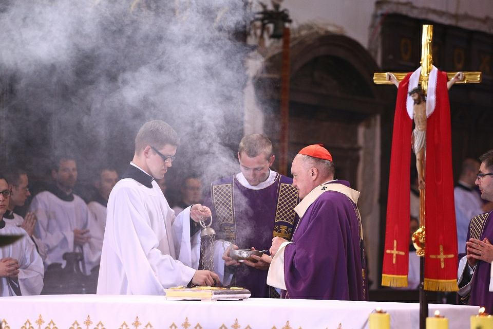 Uroczystość pogrzebowa Profesora Władysława Bartoszewskiego