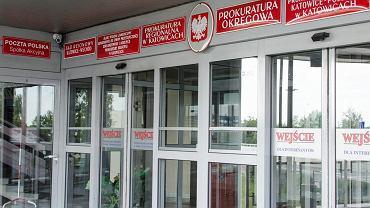 Wejście do budynku prokuratury przy ul. Wita Stwosza w Katowicach