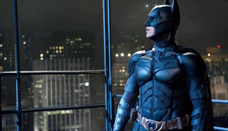 Batman Arkham ma problemy z dopasowywaniem aktorki umawiające się z młodszymi chłopakami