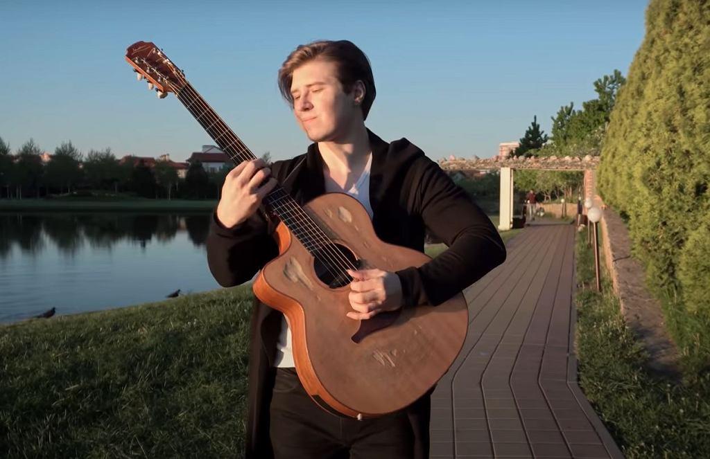 Alexandr Misko - Toto 'Africa'