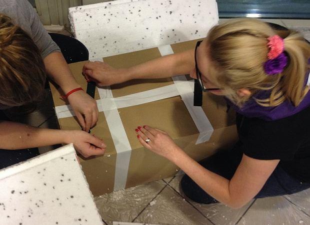 Instrukcja wykonania zimowego domku dla kotów
