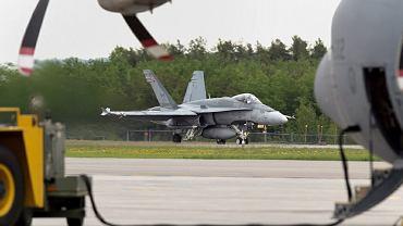 Niemcy mogą wybrać amerykańskie myśliwce wielozadaniowe F-18 zamiast europejskich Eurofighterów