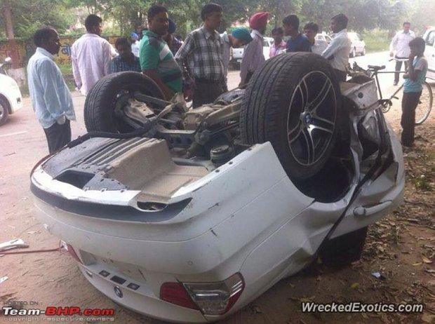 Rozbite BMW 320D w Indiach