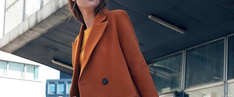 Modne płaszcze wełniane dla kobiet: wybrałyśmy ciepłe modele na jesień i zimę!