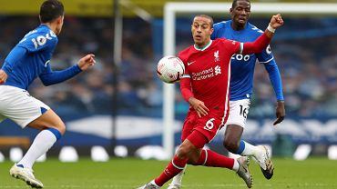 Thiago krytykowany za występy w Liverpoolu.