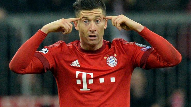 """Szokujące kulisy podpisania umowy Lewandowskiego z Bayernem. """"Oddacie mi te pieniądze"""""""