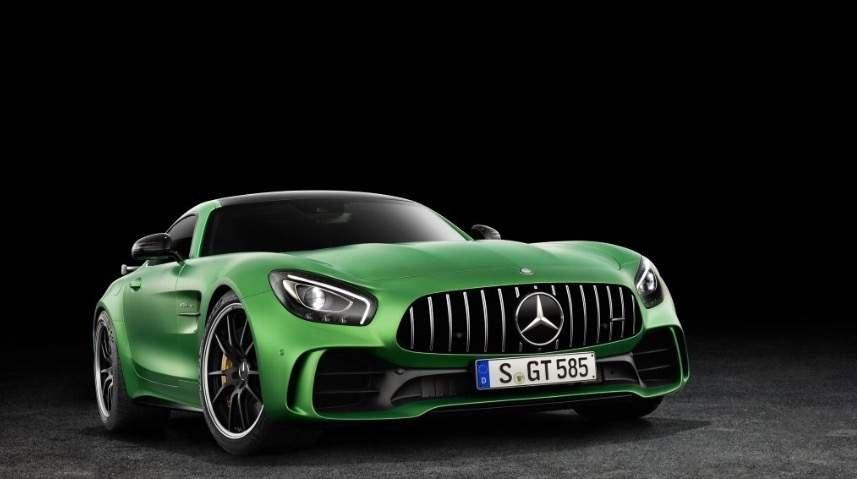 Wyciek zdjęć Mercedesa AMG GT R