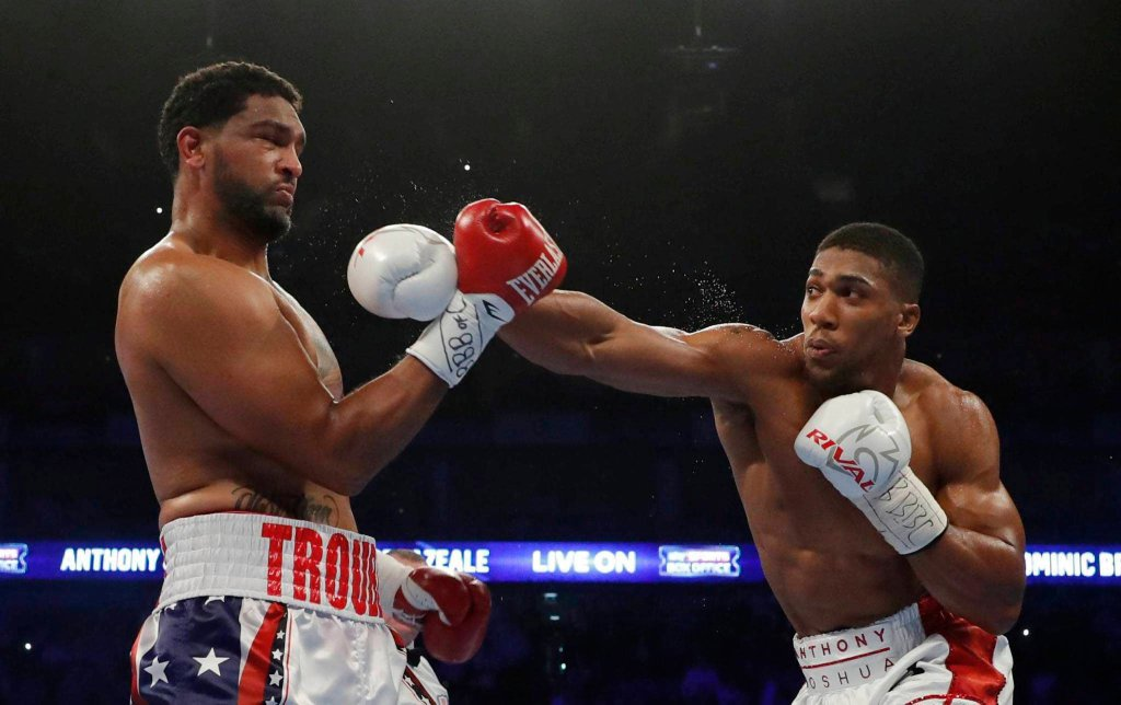 Anthony Joshua i Dominic Breazeale