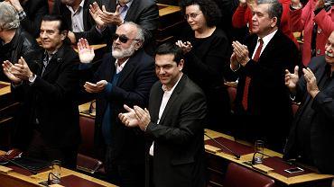 Posłowie partii SYRIZA w greckim parlamencie, na pierwszym planie lider ugrupowania Alexis Tsipras