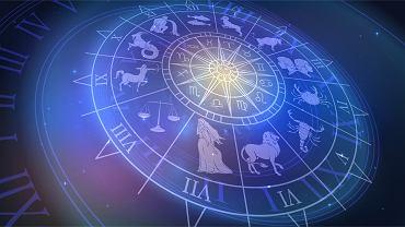 Horoskop dzienny - 28 stycznia [Baran, Byk, Bliźnięta, Rak, Lew, Panna, Waga, Skorpion, Strzelec, Koziorożec, Wodnik, Ryby]. Zdjęcie ilustracyjne