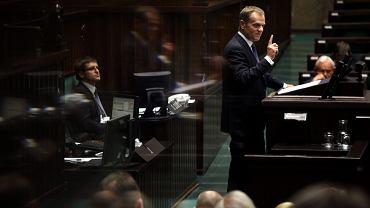 Premier Donald Tusk na mównicy