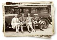James Bond był Polakiem, Rotmistrz Jerzy Sosnowski (drugi z lewej) z przyjaciółmi