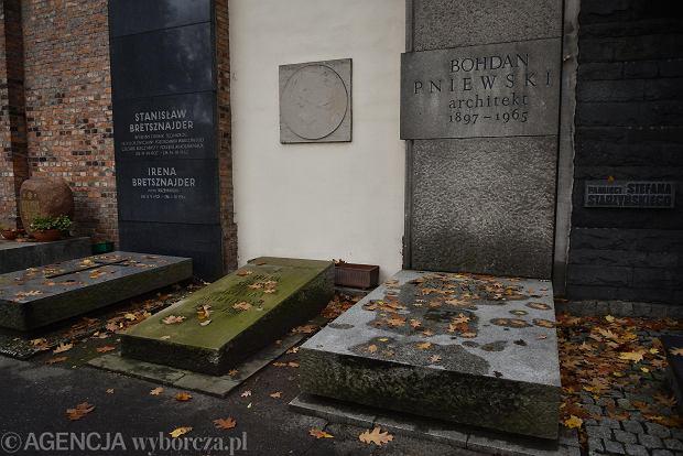 Zdjęcie numer 5 w galerii - Wszystkich Świętych. Tu spoczywa Władysław Reymont i Wojciech Młynarski. Groby w Alei Zasłużonych na Starych Powązkach [ZDJĘCIA]