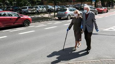 Czternasta emerytura nie dla każdego - jest decyzja Sejmu. Jaki próg dochodowy ustalono?