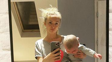 Barbara Kurdej-Szatan opublikowała zdjęcie 5 miesięcy po porodzie. 'A wasi mężowie was kochają?'