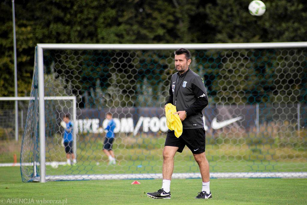 Lech Poznań trenuje przed meczem z Pogonią Szczecin. Nenad Bjelica