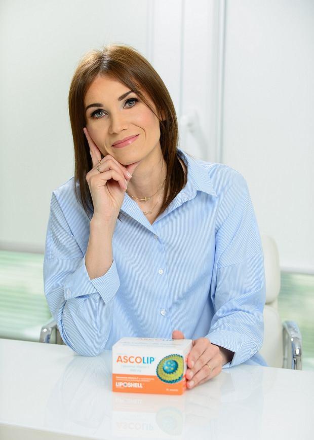 Aldona Przybylska, kosmetolog