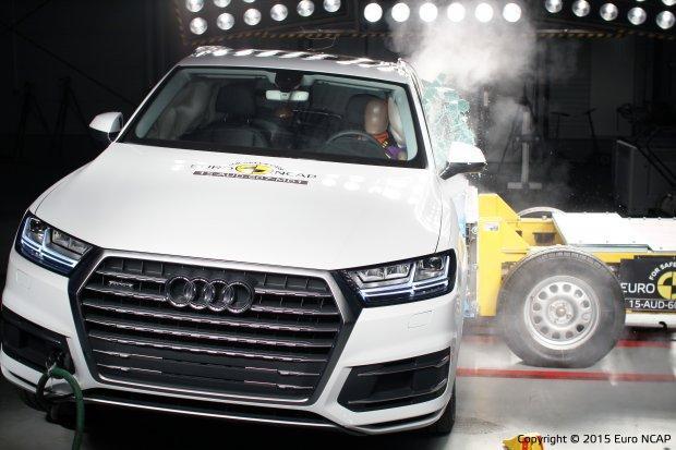 Audi Q7 - test zderzeniowy
