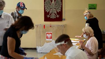 Wybory prezydenckie 2020. Lokal wyborczy przy ul. Kuźniczej we Wrocławiu