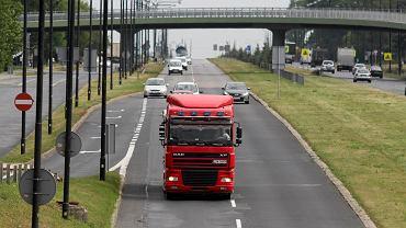 Zrzeszenie Międzynarodowych Przewoźników Drogowych w Polsce (ZPMD)ostrzega, że jeśli propozycje Komisji Europejskiej wejdą w życie, wiele małych i średnich firm transportowych z Polski może zbankrutować.