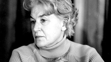Anna Świrszczyńska, poetka i dramatopisarka, 1972.