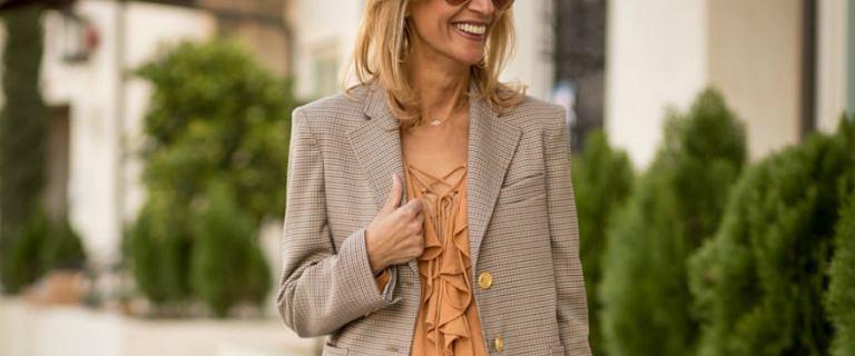 3 ubrania, które musi mieć każda stylowa kobieta po 50-tce
