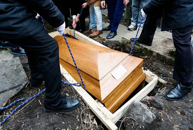 Pogrzeb / Zdjęcie ilustracyjne
