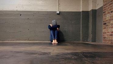 Ofiary przemocy domowej nie zawsze chcą przyjąć pomoc (fot. pexels.com)