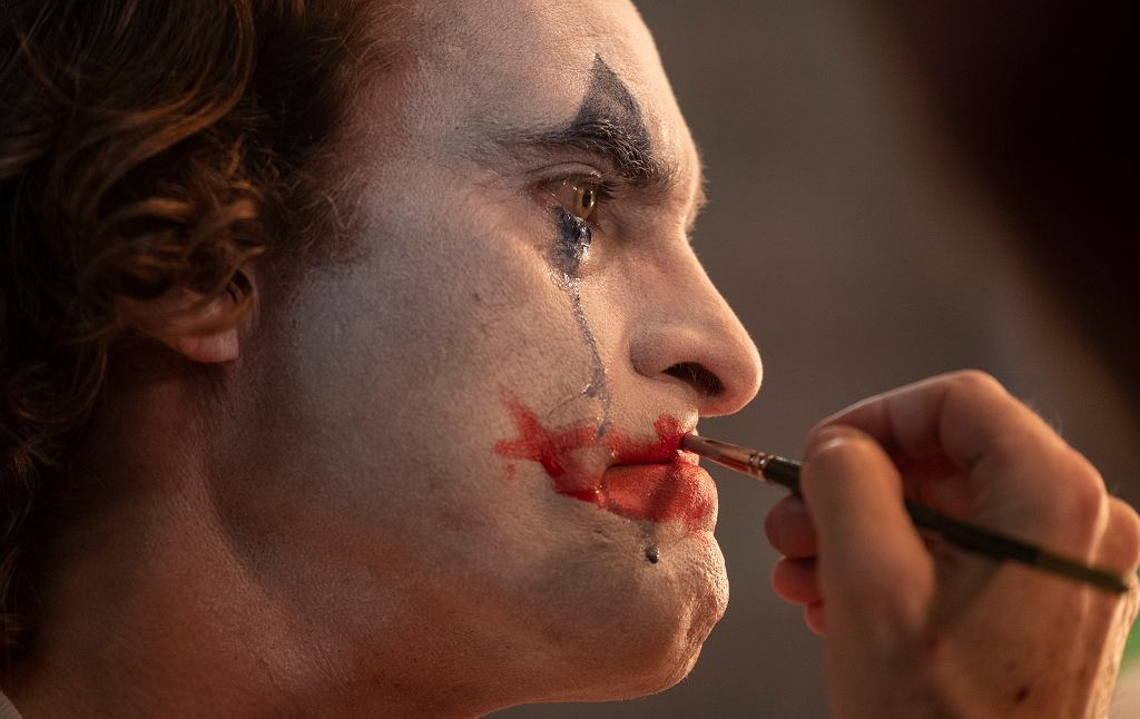 Joaquin Phoenix w filmie Joker.