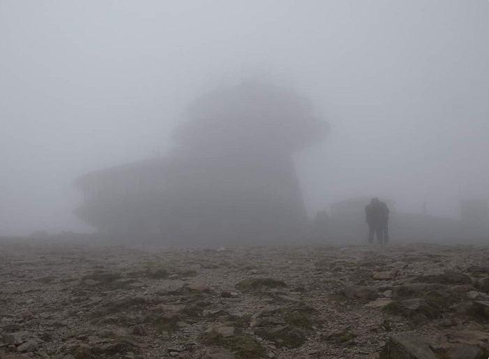 Karkonowski Park Narodowy widok na Śnieżkę