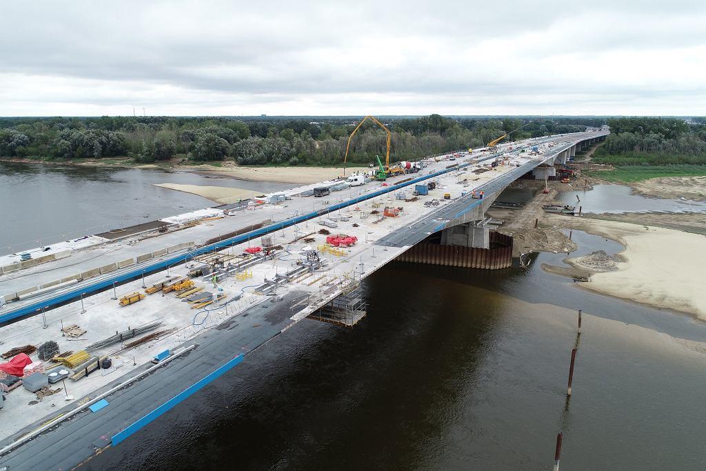 Most na budowie południowej obwodnicy Warszawy.