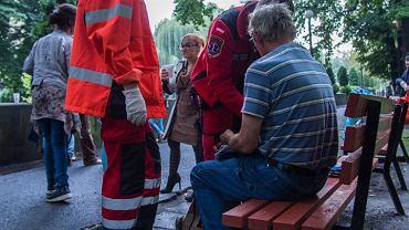 Zupa za Ratuszem to grupa osób pomagających bezdomnym