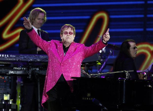 Elton John na koncercie z okazji diamentowego jubileuszu królowej Elżbiety II