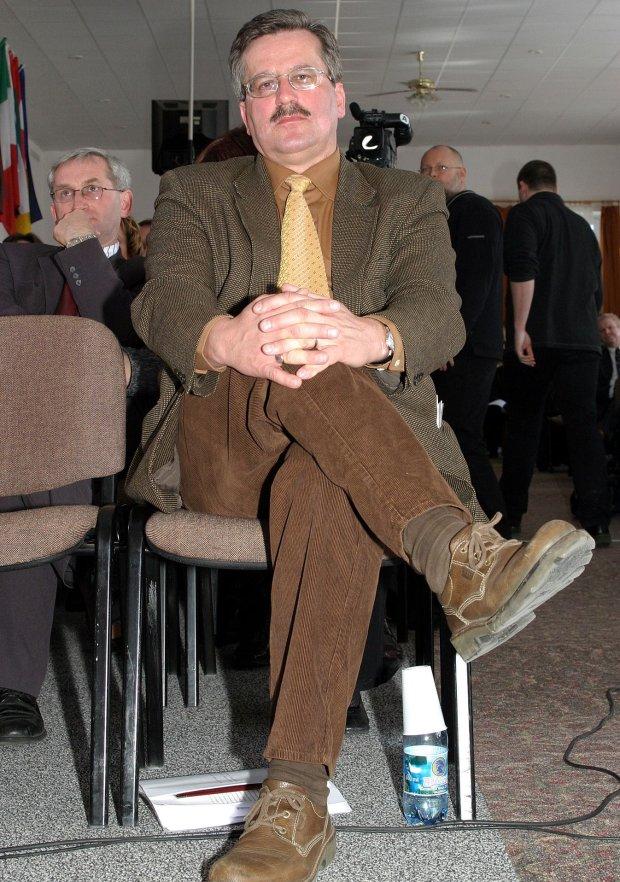 Bronisław Komorowski w 2004