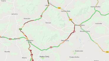 Wypadek na Zakopiance. Policja wyznaczyła objazd przez Mszanę Dolną