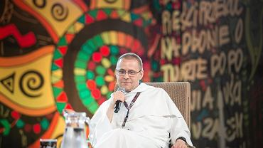 O. Paweł Gużyński podczas spotkania w ramach Akademii Sztuk Przepięknych podczas Festiwalu Przystanek Woodstock 2017