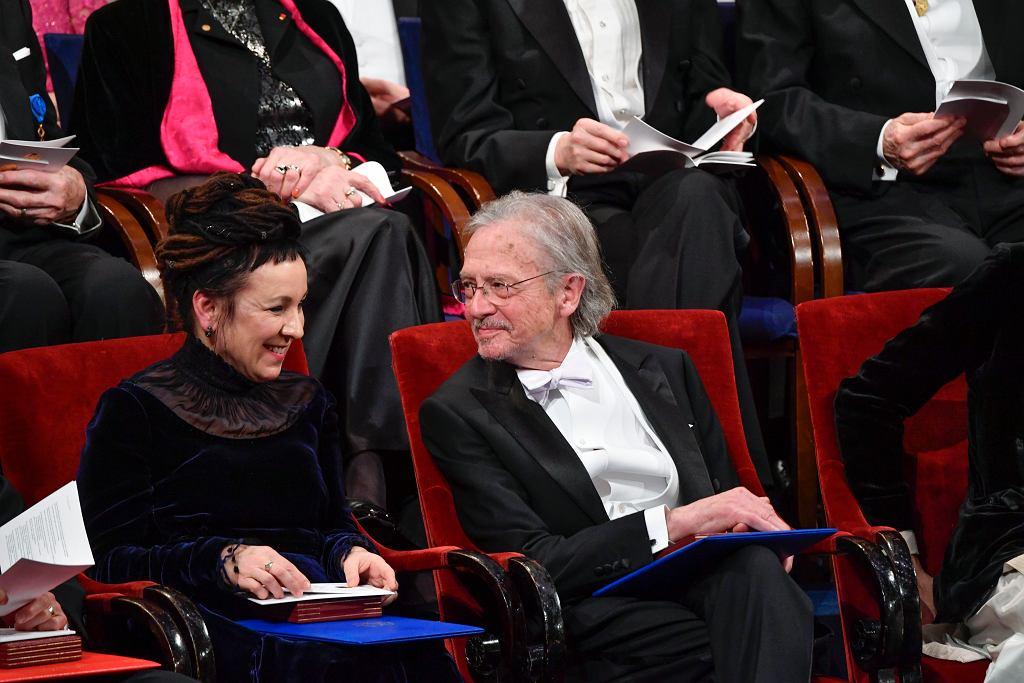 Olga Tokarczuk and Peter Handke na gali noblowskiej. Prace noblisty zostaną wznowione w Polsce