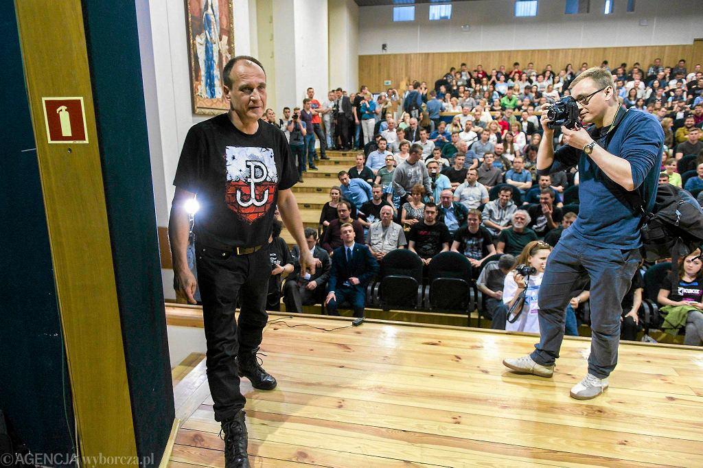 Paweł Kukiz na spotkaniu przedwyborczym na uniwersytecie w Rzeszowie