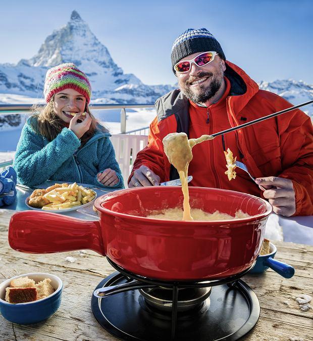 Szwajcarskie przysmaki, których warto spróbować podczas zimowych ferii