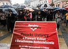 """Marszałek Senatu popiera projekt """"Zatrzymaj aborcję"""". Karaszewska: Coraz wyraźniej widać, że to projekt PiS"""