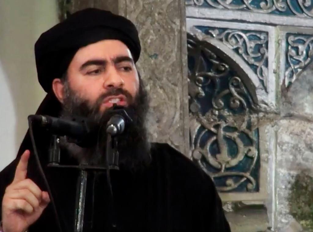 Abu Bakr al-Baghdadi, lider tzw. Państwa Islamskiego podczas jedynego znanego wystąpienia publicznego w Mosulu w 2014 roku