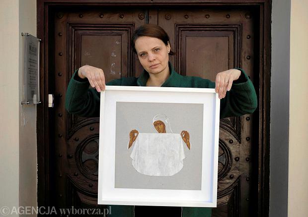 Sylwia Perczak z jedną ze swoich ikon