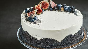Tradycyjny tort makowy - przepis z kremem kawowym i dżemem porzeczkowym