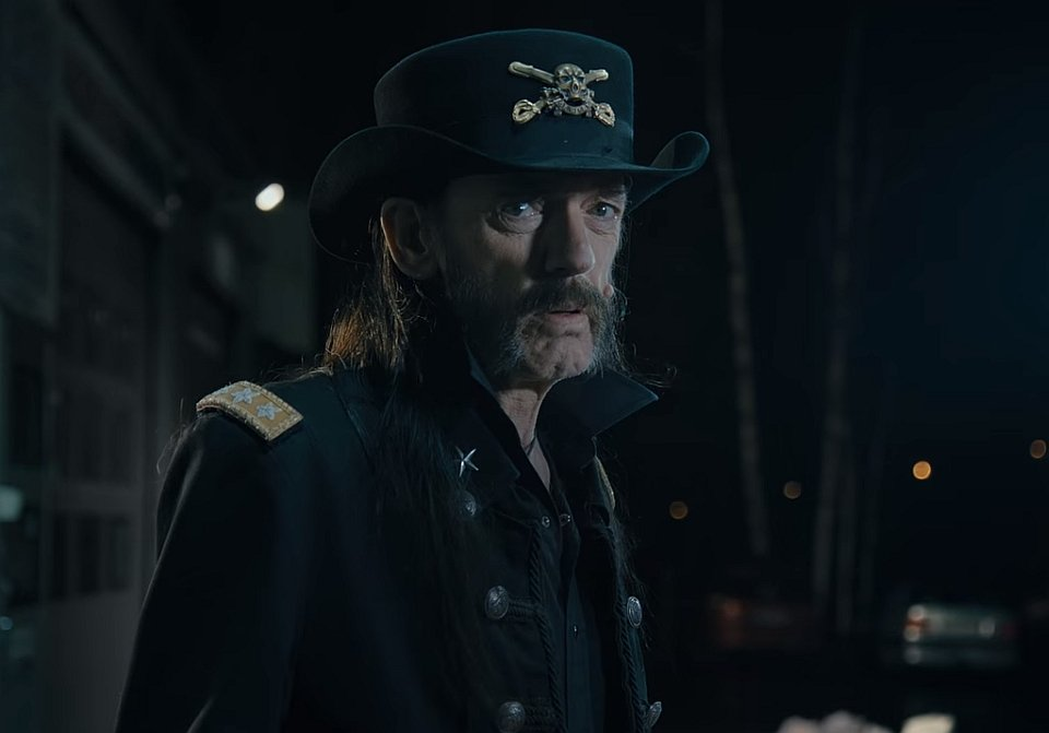 Lemmy Kilmister w reklamie mleka