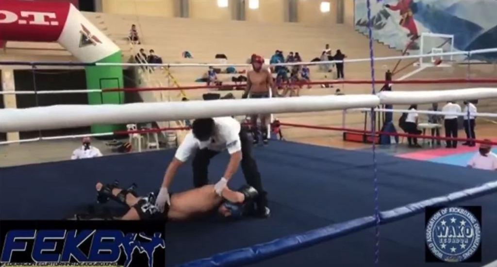 Ekwador. Tragedia w ringu. 25-latek zmarł po ciosie w głowę [WIDEO]