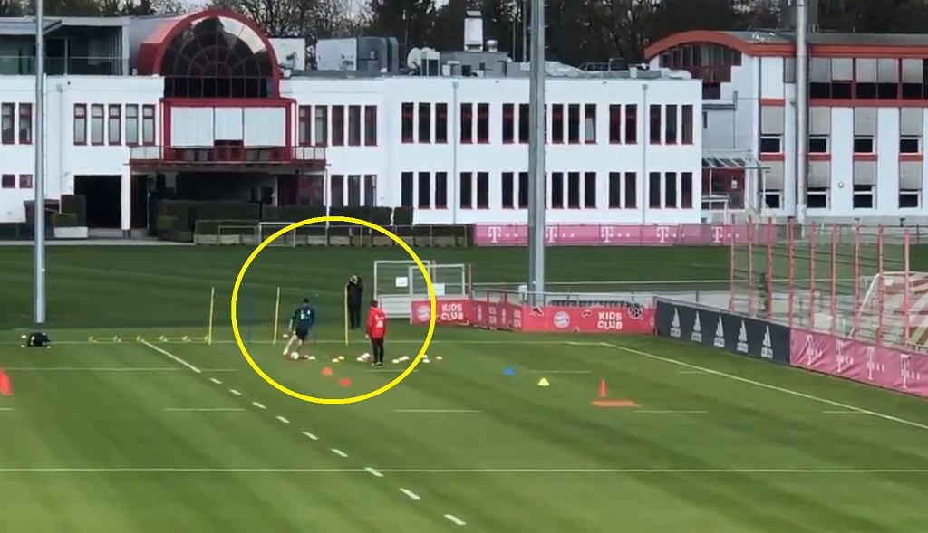 Robert Lewandowski wrócił do treningów z piłkami