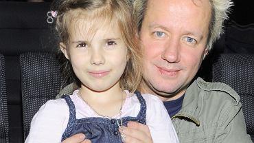 Córka Roberta Leszczyńskiego robi karierę w show-biznesie. Vesna ma dziś 19 lat i gra u Józefowicza