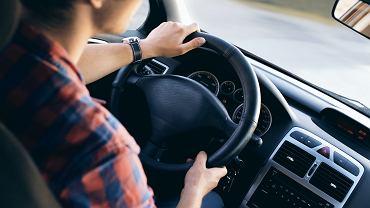 Wymiana prawa jazdy. Kogo dotyczy? W jakich przypadkach? Co z bezterminowym prawem jazdy? Wyjaśniamy (zdjęcie ilustracyjne)